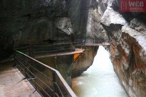 переходы между туннелями в Aareschlucht