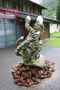 Композиция из кристаллов в Aareschlucht