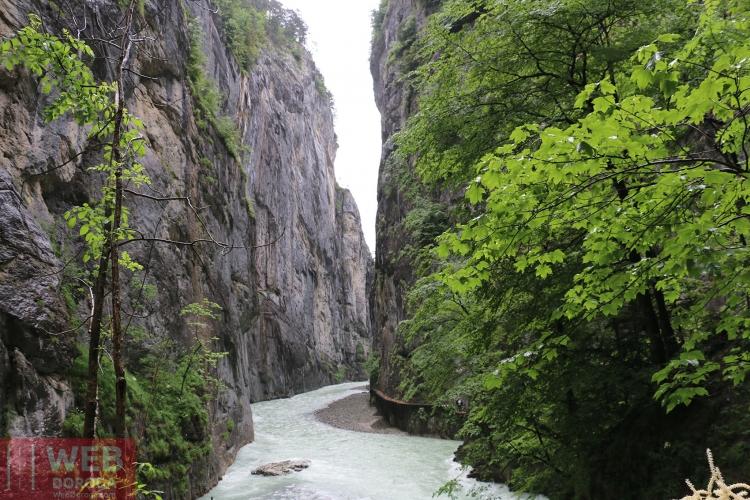 каньон Aareschlucht