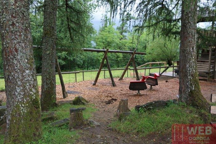 Детская площадка в Ballenberg