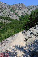 Тропа в горе на смотровой площадке
