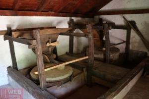Как работает мельница в Пакленица