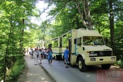 Авто-паровозик для перевозки туристов в Плитвицкие озера