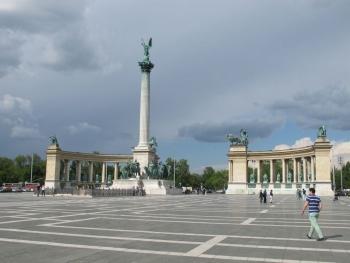 Центральная площадь Будапешта