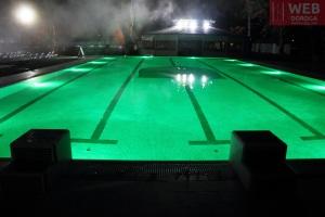 Плавательный бассейн с обычной водой в Косино - зеленая подсветка