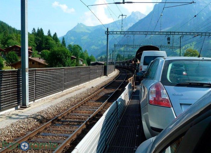 Проезд через жд туннель по маршруту - Goppenstein - Kandersteg