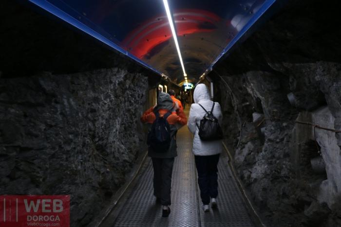 Горные коридоры в скалах