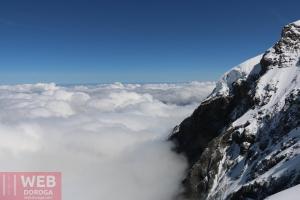Вид на облака через смотровую площадку Eismeer