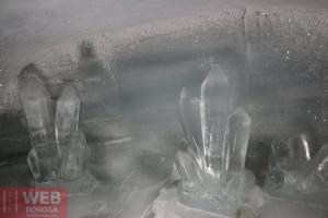 Ледяные скульптуры - кристаллы