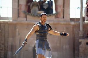 Гладиатор на арене Амфитеатра - Колизея
