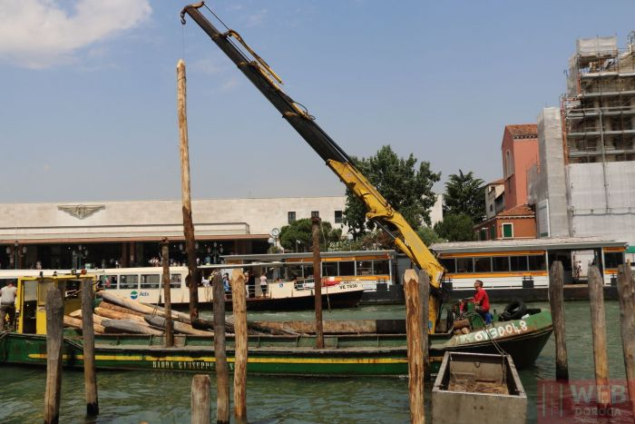Как забивают сваи в Венеции