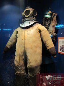 Скафандр для глубоководного погружения в Морском Музее Вены